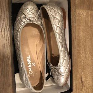 Chanel Silver Ballerina Quilted Cap Toe Cc Logo
